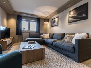 Whistler Lodge B0102, Courchevel