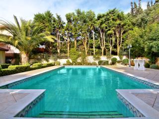 Villa Infinity in Palaia Fokaia, Anavyssos