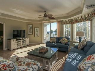 2302 SeaCrest-Fully Renovated and  Beautiful OCEANVIEWS, Hilton Head
