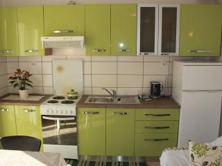 2-bedroom Budget Apartment, Cavtat