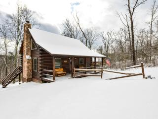 Liberty Ridge Cabin- Near Old Mans Cave-3Bd3Bath, Logan