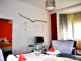 Lovely apartment 10 min to center!, Praga