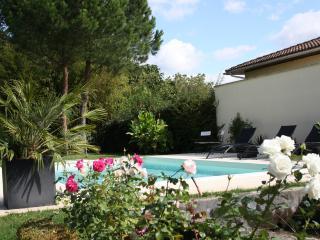 Maison avec piscine pour 6 personnes, Merignac