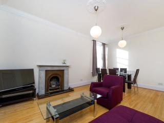 SOUTH KENSINGTON APARTMENT 3