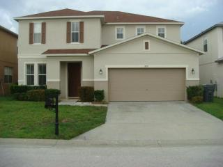 Big Disney Villa 4 bed Executive Orlando Pool home Golf Sleep up to 8