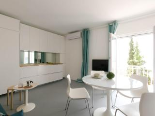 Apartments Suto-studio,Trogir,interior,great view