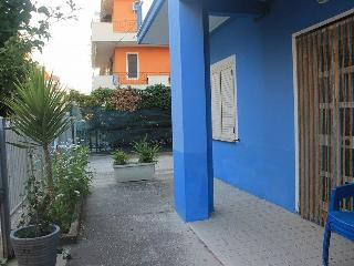 casa blu piano terra