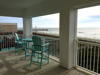 *NEW TO RENTAL MRKT!** Oceanfront 4BR Condo