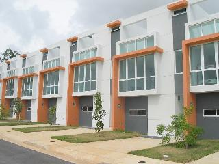 Nice Townhouse For Rent... Charming, Boqueron