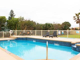 GOLDEN SANDS PEARL -Luxury Private Beachfront -Pool & Spa -Stunning Ocean Views