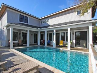 Luxury Beach House Ocean View, Pool, Isle of Palms