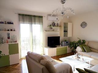 Apartmani Ćurić, apartman 4+2, Okrug Gornji