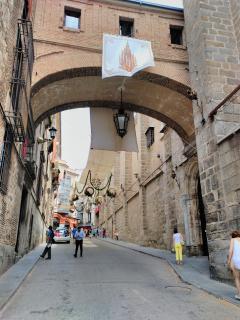 Cobertizos que hacen Toledo muy especial, dignos de la ciudad de las tres culturas.