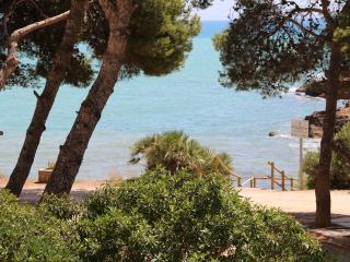 lovely apartment adjacent to the sea to sleep 4, Peniscola