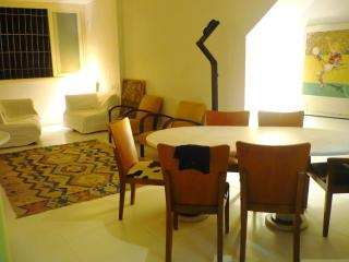 DUPLEX HOUSE WITH 3 BEDROOMS IN A GREAT LOCATION!!, Rio de Janeiro