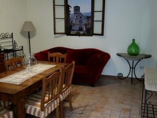 Casa Maria dentro le mura di Assisi, Assise