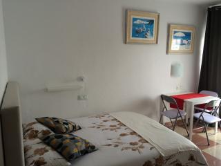 The Cozy Corner!, Playa Paraiso
