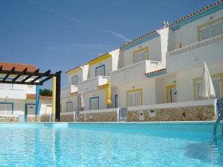 Luxury 2 bed villa with pool & wifi - Manta Rota