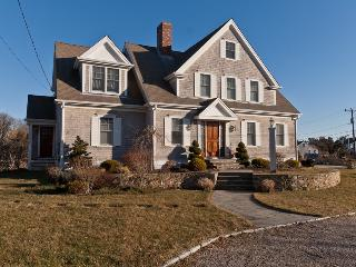 22 Highland Street, West Yarmouth