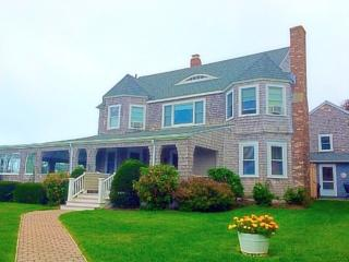 172 Irving Avenue, Hyannis Port