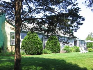369 Shore Road, Chatham