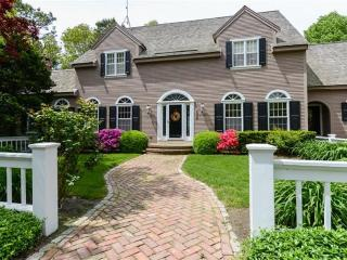 105 Ice Valley Road, Osterville