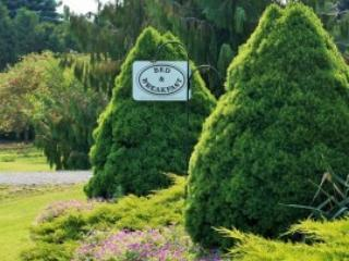 On the 6 Bed and Breakfast - Garden View Room, Niagara-on-the-Lake
