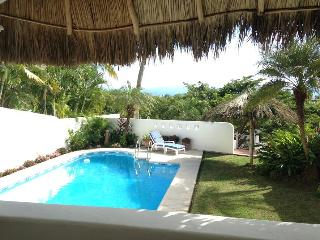 Tropical Relaxation! Casa, Pool, La Cruz Marina: long-term rental, La Cruz de Huanacaxtle