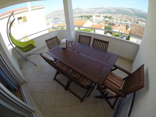 Two-bedrooms Apartments Kasalo, Trogir
