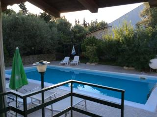 Panoramic Holiday apartaments in villa with pool, Altavilla Milicia