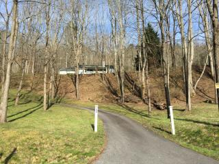 Mountain Views, Paved Drive, Peaceful Retreat, Franklin