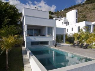 Villa de lujo con piscinaaa, Granada