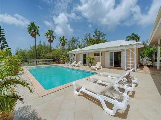 Colonial styled 4 bedroom villa with private pool, St. Maarten-St. Martin