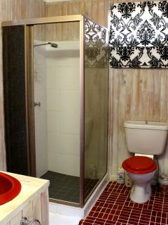 Toilet & Shower, we offer some amenities to get you started just incase you left them behind