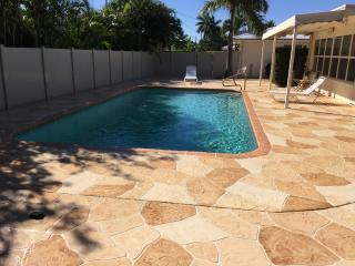 JUST RENOVATED! Resort Property with Heated Pool!, Lauderdale by the Sea