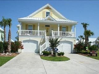 Ultimate Beach House Vacation with Full Gameroom, Surfside Beach