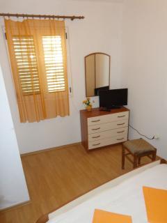 A3(2): bedroom