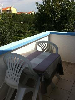 C(2+2): terrace