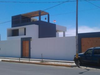 4 bedroom Los Libertadores Paracas beach house