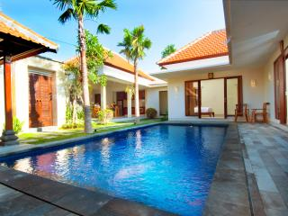 Villa Kedis Canggu-Three Bedrooms Villa