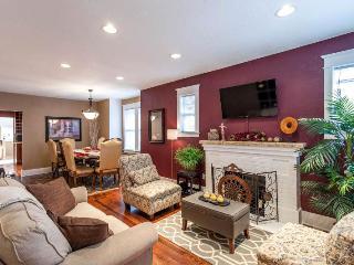 AVALON HOUSE: 5-BR Luxury in the Heart of Denver
