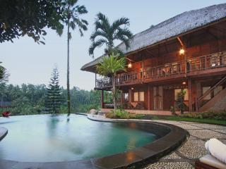 Serenity of Bali Stunning Bungalow, Ubud
