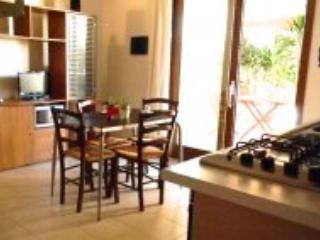 Appartamento Ciclamino 'Case Fiorite', Riola Sardo