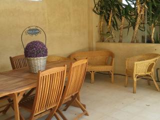 Appartamento Mirto 'Case fiorite', Riola Sardo