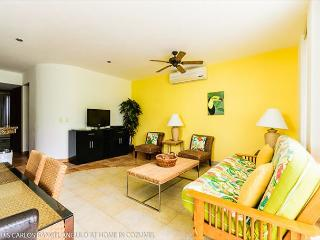 Bright and cheerful living area!