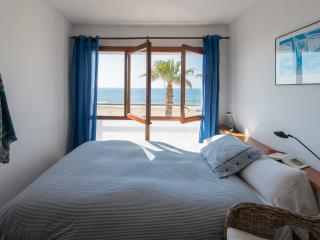 Wundermar,  sea panorama - private balcony, Torredembarra