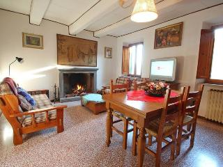 Castelvecchio - 607001, Aramo