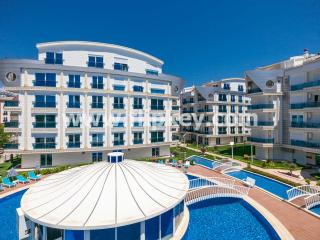 Luxury 3BR duplex apartments for family holidays at Melda Palace