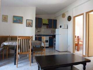 Apartments Cajner Pag Ap1(4+2)