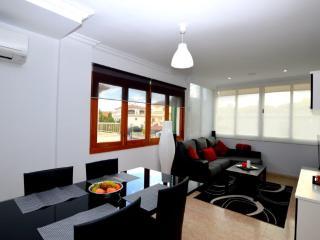 Moderno Apartamento 300m del Mar, Port d'Alcudia